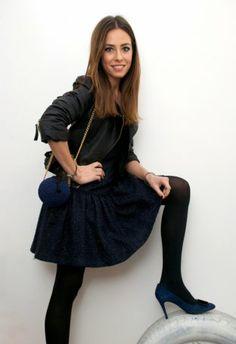 Vestido Azul oscuro/Noche   Miriam Ocáriz  , Otoño-Invierno 2014. En el armario de martacarriedo desde el 13-2-2014 Dress Skirt, Skater Skirt, Tweed, Outfit Invierno, Total Black, Daily Fashion, Cool Style, Carnival, Cool Outfits