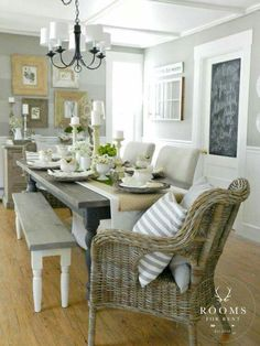 Sideboard in background - another decor idea