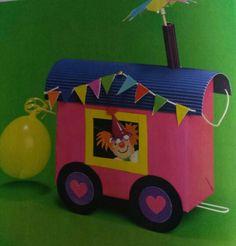3d knutsel: circuswagen van sinaasappelkist