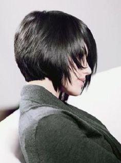 Önleri uzun.Arkaları Kısa ,Asimetrik kısa saç kesimi Modelleri 2013-2014