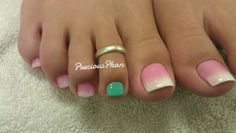 French Ombre toes with Accent nail