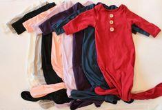 Top 20 Cute Handmade Baby Shower Gifts | Emmaline Baby Baby Shower Presents, Baby Shower Gifts, Handmade Baby Gifts, Best Baby Gifts, Baby Blog, Newborn Baby Gifts, Baby Girl Headbands, Boho Baby, Toddler Gifts