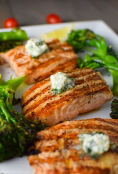 Grilled Salmon with Basil Butter Recipe Easy Grilled Salmon with Basil Butter & Broccolini Recipe Healthy Grilling Recipes, Grilled Steak Recipes, Grilling Ideas, Bbq Ideas, Grill Recipes, Barbecue Recipes, Recipes Dinner, Meal Ideas, Healthy Meals