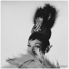 "Josephine Baker photographed by Irving Penn for ""Vogue"" - April, 1964 Josephine Baker, Irving Penn, Missouri, Foto Poster, Nina Hagen, Black Actresses, Grace Jones, Grace Kelly, Harlem Renaissance"