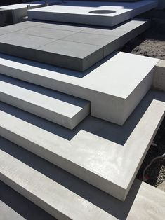 Melbournes In-situ concrete specialists Hungry wolf studio Outside Stairs, Landscape Stairs, Building Stairs, Outdoor Steps, Beton Design, Garden Stairs, Concrete Stairs, Exterior Stairs, Modern Stairs