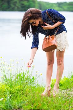 Classy Girls Wear Pearls: Picking Daisies. Summer Style. #sloaneranger