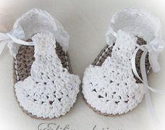 CROCHET PATTERNcrochet baby sandals pattern por elifinedesigns