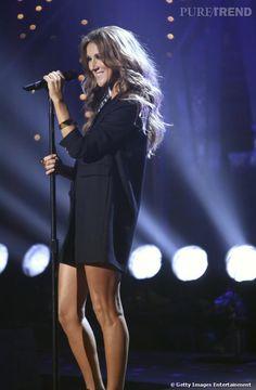 J'adore cette robe manteau mini sur Céline.