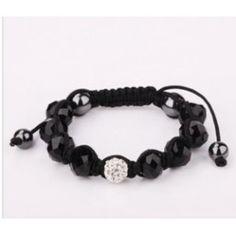 http://www.pyramideauxbijoux.com/bijoux/bracelets-2/bracelet-100.html