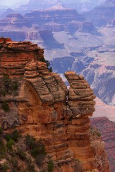 view from mather point, south rim, grand canyon, arizona, usa...the desert is simply beautiful...colors so vibrant...scenery so breathtaking.