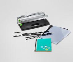 Děrovací a vázací přístroj   999 Kč         Včetně 10 spirál, 20 fólií a 10 černých a 10 bílých desek koženého vzhledu