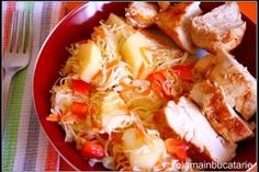 Piept de pui cu salata de varza si ananas - Culinar.ro Cabbage, Vegetables, Food, Essen, Cabbages, Vegetable Recipes, Meals, Yemek, Brussels Sprouts