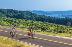 2017 New York Finger Lakes Wine Country | Guided Tours | Adventure Cycling…
