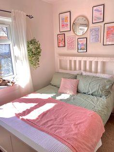 Room Design Bedroom, Room Ideas Bedroom, Bedroom Decor, Bedroom Inspo, Pastel Room Decor, Indie Room, Stylish Bedroom, Room Planning, Aesthetic Room Decor