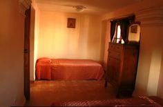 Dormitorio 2  cama auxiliar individual Cuba, Colonial, Bed, Furniture, Home Decor, Live, Yurts, Decoration Home, Stream Bed