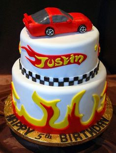 Hot Wheels Racing League: Hot Wheels Birthday Party Cakes - Love those flames! #hotwheels #cakes
