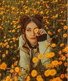 17 Photo Ideas That Can Make You an Internet Star Model Poses Photography, Creative Portrait Photography, Tumblr Photography, Beauty Photography, Friend Photography, Maternity Photography, Couple Photography, Sunflower Photography, Autumn Photography