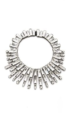 Absolutely GORGE statement necklace!!