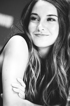 Shailene Woodley : 5 choses que vous ne savez pas sur la ''Divergente'' Shailene Woodley, Perfect People, Pretty People, Beautiful People, Beautiful Smile, Beautiful Celebrities, Beautiful Actresses, Celebrities Fashion, Hollywood Celebrities