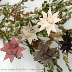 With a Grateful Prayer and a Thankful Heart: Making German Paper Stars... Again