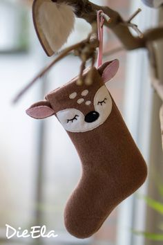 ITH embroidery file Nikolausstiefel with animal faces Kitz and Fuchs for the hoop Christmas Sewing, Handmade Christmas, Christmas Crafts, Christmas Ornaments, Felt Christmas Stockings, Christmas Sock, Christmas Makes, All Things Christmas, Felt Diy