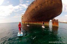 Travesía en #SUP en #Lanzarote hasta un barco varado