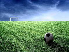 Nesta terça-feira, dia 24, a partir das 19h, a Arte Plural Galeria realiza uma edição especial do Sarau Plural em homenagem ao futebol, já que a Copa do Mundo acontece no Brasil, no ano que vem.