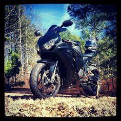 Honda CBR 🚲💥💨 Photo credit to👉 @ybwsr1k Hashtag #2WP for a chance to get featured. #motorbike #motorcycle #sportsbike #dirtbike #supermoto #yamaha #honda #suzuki #CBR #borntoride #kawasaki #triumph #ducati #harleydavidson #aprilia #ktm #bmw #buell #husqvarna #r1 #r6 #gsxr #cbr #panigale #monster #streettriple #daytona #bikelife #TwoWheelPassion