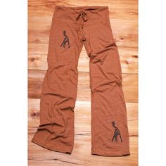 Long Winded Giraffe Yoga Pants in Terracotta S ($32) ❤ liked on Polyvore featuring activewear, activewear pants, grey, pants, women's clothing and yoga activewear