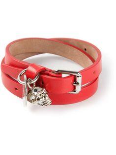 Alexander McQueen skull detail bracelet in Gente Roma Gucci Bracelet, Bracelets, Alexander Mcqueen Bracelet, Cool Style, My Style, Bracelet Designs, Designing Women, Jewelry Design, Skull