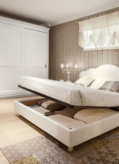 English Mood bedroom by Minacciolo 2016 #minacciolo #englishmood #chic #furniture #elegant #bedroom #luxury #classic #englishstyle #bed #interiors #architecture #decor #romantic #inspirations #shabby #chic #country #countrychic