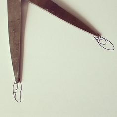 Turn Simple Objects into Creative Illustration by Javier Perez Creative Illustration, Illustration Art, Alex Solis, Stylo Art, Object Drawing, Find Objects, Everyday Objects, Recycled Art, Crayon