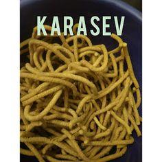 Karasev  quick snacks recipe  Diwali snacks Veg Recipes Snacks, Quick Snacks, Diwali Snacks, Cooking Tips, Stuffed Peppers, Food, Stuffed Pepper, Essen, Meals