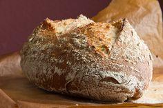 Weizenbrot mit Sauerteig und Vollkornanteil nach Jeffrey Hamelman