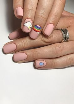 Semi-permanent varnish, false nails, patches: which manicure to choose? - My Nails Cute Acrylic Nails, Cute Nails, Pretty Nails, Cute Shellac Nails, Gorgeous Nails, Minimalist Nails, Dream Nails, Short Nail Designs, Nagel Gel