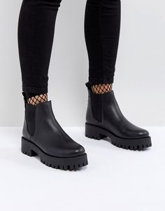 Image 1 of Steve Madden Bleeker Leather Track Sole Chelsea Ankle Boots Chelsea Boots Outfit, Chelsea Ankle Boots, Mid Calf Boots, Black Ankle Boots, Knee Boots, Moto Boots, Ugg Boots, Leather Booties, Ankle Booties