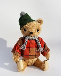 Golden mohair jointed bear 10.5 by foxandowl on Etsy