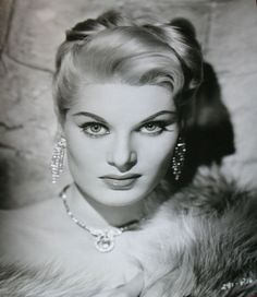 1950s Studio Photo - Actress Belinda Lee - Cornell Lucas Photo