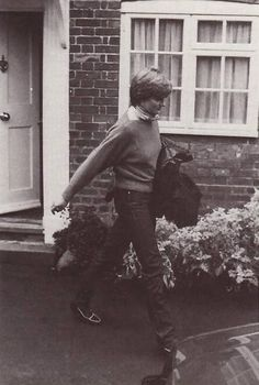 January 8, 1981: Lady Diana leaving Nick Gassalees home where she had breakfast with Prince Charles before heading off to Windsor for the funeral of Princess Alice of Athlone. The Prince was also pictured leaving within minutes of Diana, but they were careful not to be photographed together.