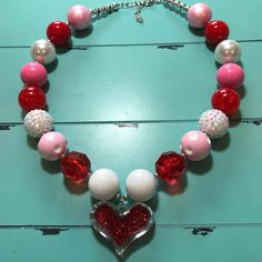 Cute Valentine's Day chunky necklace!
