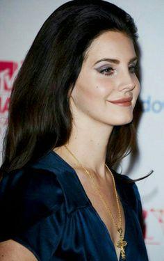 Lana Del Rey at the 2012 MTV EMAs #LDR
