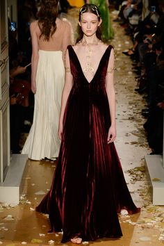 Tbt to when I woke up at 4am to watch Valentino Spring 2016 Couture Fashion Show online in Australia
