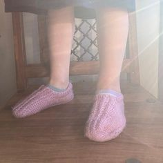 Slippers with antislip bumps. 100% Acrylic. #itscoldoutsideandinside #kidsisolationfashion #knittedslippers #kidsslippers Kids Slippers, Knitted Slippers, Knitting Socks, Hand Knitting, Kids House, Heeled Mules, Heels, Fashion, Knit Socks
