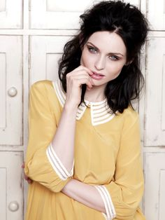 Sophie Ellis Bextor yellow