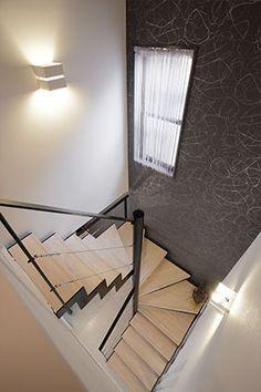 リフォーム事例>スタイリッシュな階段が住まいのポイント|東京ガスリモデリングのリフォーム