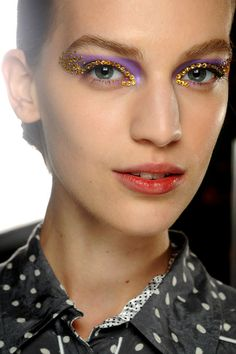 Dior Spring 2013: Sparkling Eyes | theglitterguide.com (Image: Style.com)