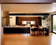 ペニンシュラタイプのキッチン イメージ