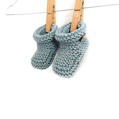 54631caa543 Knitted Baby Booties -Two needle EASY Knitting Pattern   tutorial Baby Boy  Knitting
