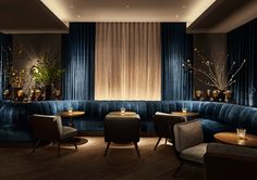 11 Howard Hotel: Where Danish Minimalism Meets New York Realism - Nordic Design Lounge Design, Bar Lounge, Banquette Restaurant, Deco Restaurant, Luxury Restaurant, Restaurant Interior Design, Lobby Interior, Modern Restaurant, Retail Interior
