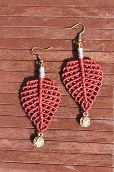 leaf  earrings, macrame earrings, boho earrings, red - Bordeaux earrings, handmade earrings, pendientes macrame, Pendientes hechos a mano by macramEll on Etsy